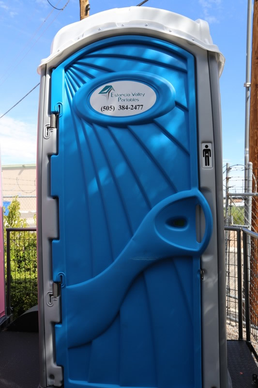 Estancia-Valley-Portable-Toilets-IMG_5393